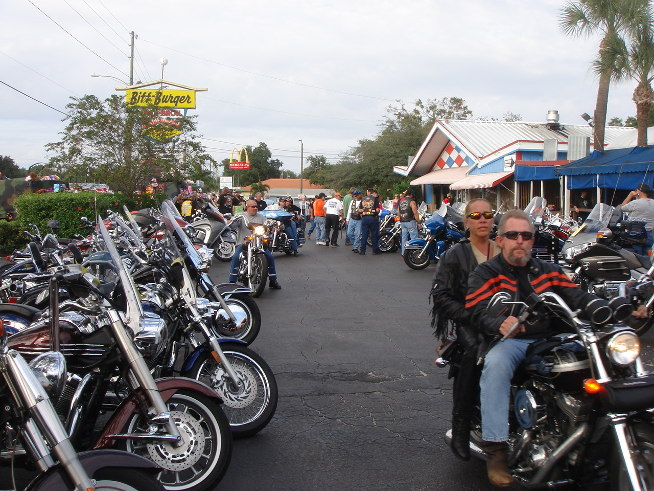Bikes Toys For Tots Or Bust : Annual biff burger toys for tots bike show